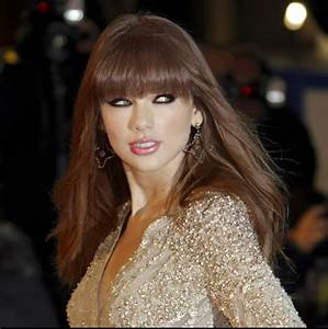 taylor swift - Reddish brown Hair Color and Laura Mercier ...