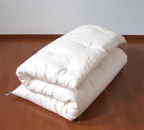 fabriquer un canapé avec un matelas salon en palette of fabriquer canape palette