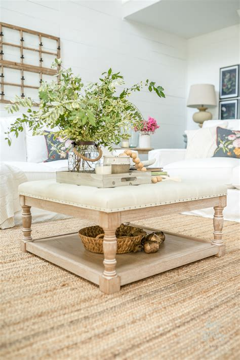 This decorating style works great with wooden tables and a calm, relaxed color palette. 6 Vintage Chic Coffee Table Styling Tips