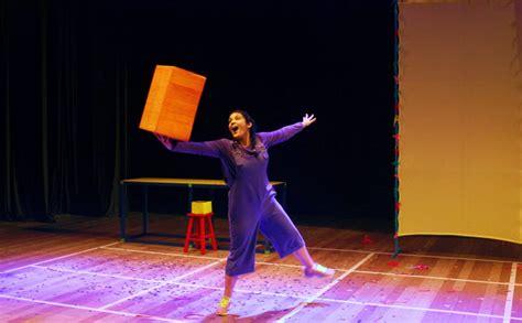 Papelê - uma aventura de Papel - Téspis Cia de Teatro