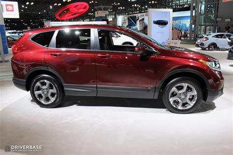 Crv Image by 2020 Honda Crv Suv At The 2019 New York Auto Show Driverbase
