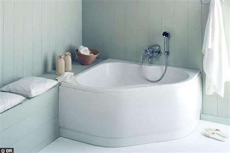 une baignoire d angle 120x120 la nouvelle vague des