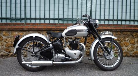 Triumph Speed Twin Pre-unit 1955