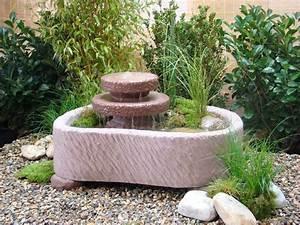 mini teich mit 2 kaskaden springbrunnen wasserspiel With französischer balkon mit springbrunnen garten stein