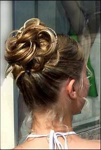 Coiffure Femme Pour Mariage : chignon mariage cheveux mi longs ~ Dode.kayakingforconservation.com Idées de Décoration