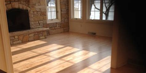 flooring milwaukee hardwood floors milwaukee gurus floor