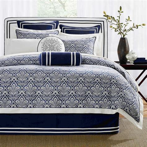 simple classic bedroom  dark blue white bedding sets
