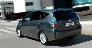 Toyota 7 Places Hybride : essai toyota prius l hybride puissance 7 ~ Medecine-chirurgie-esthetiques.com Avis de Voitures
