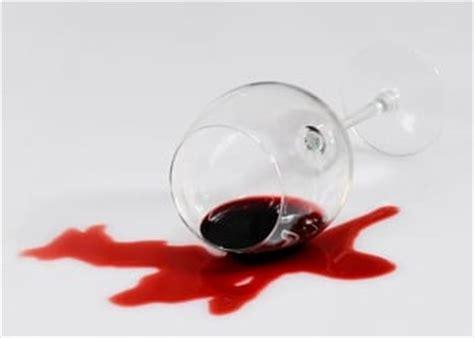 nettoyer une tache de vin