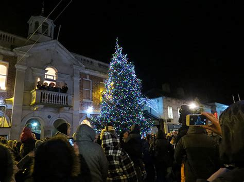 crowds welcome christmas to christchurch mags4dorset