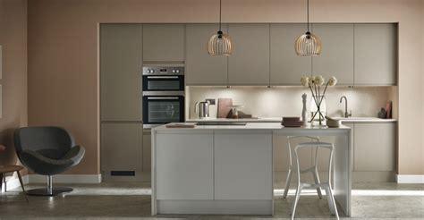 kitchen cabinets and design kitchen ideas howdens kitchens greenwich shaker in design 5897