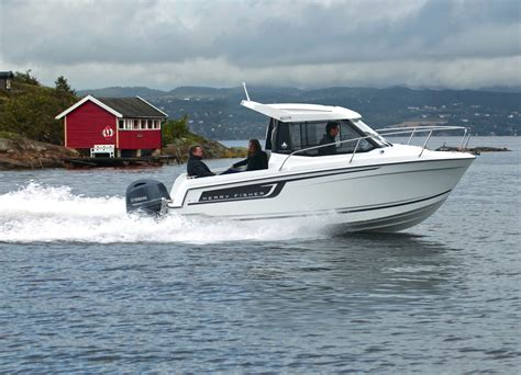 Jeanneau Motor Boats For Sale by Jeanneau Merry Fisher 605 Motor Boat Sea Ventures Sea