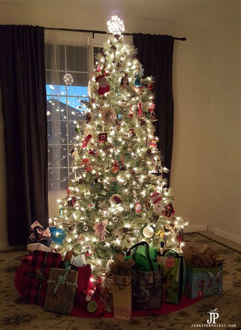 christmas tree skirt nz diy tree skirt a no sew tree skirt smart diy