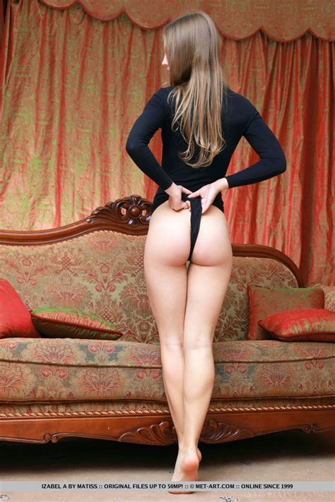 Lithe Teen Ballerina In A Tight Black Leotard Strips And Shows Her Pussy And Ass