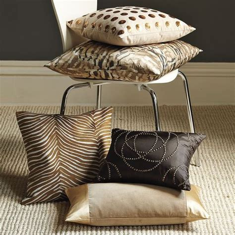 disenos de cojines decorativos  tu sala