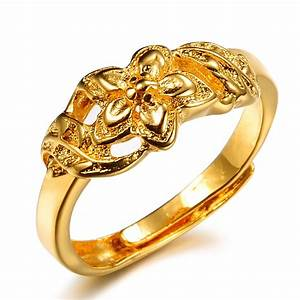 Gold wedding ring on finger hd opk jewelry top quality for Best quality wedding rings