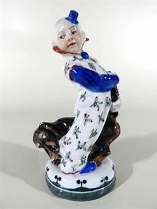 Porzellan Bemalen München : porzellan clown figur design martin wiegand m nchen meissen vor 1910 verkauft les ~ Markanthonyermac.com Haus und Dekorationen