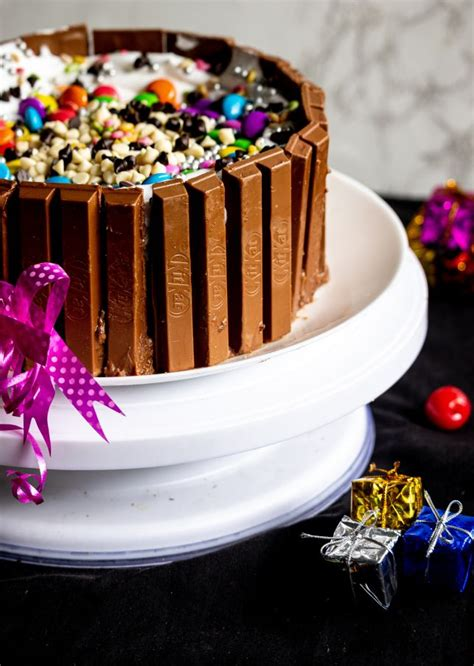 We did not find results for: Simplest Eggless Chocolate Kitkat Birthday Cake With M&Ms ...