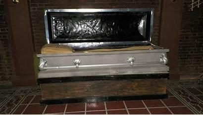 Coffin Dracula Farr Townsend Louis Draculas