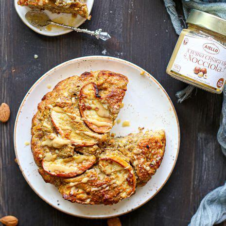 Garšīgs ābolu pīrāgs ar lazdu riekstu krēmu   LIVIN