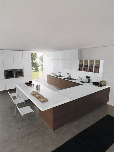 Euromobil fitted kitchen with Island