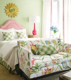 sofa verde floral 1000 ideas about floral sofa on pinterest family rooms