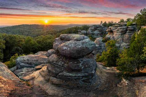 Garden Of The Gods Best Time To Visit best places to visit in illinois beautiful day trip ideas