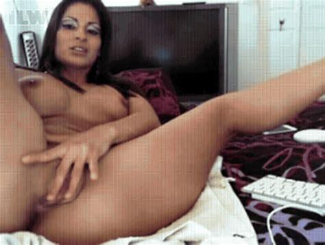 Showing Xxx Images For Spicy J Masturbating Gifs Xxx Sexwinks Com