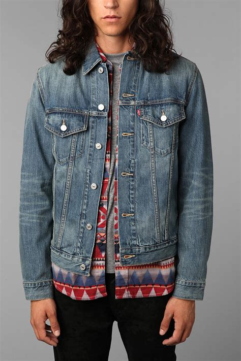 Urban outfitters Levis Ghost Denim Trucker Jacket in Blue for Men | Lyst