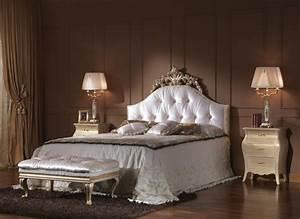 le chevet baroque rennaissance d39un meuble classique With chambre a coucher baroque