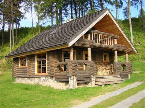 cottage prefabbricati in legno domus trade in legno a basso