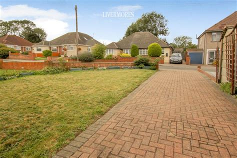 red lodge road bexley  bed semi detached bungalow
