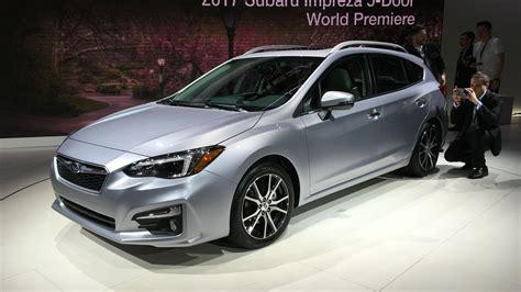 2017 subaru impreza sedan 2017 subaru impreza hatch and sedan gallery photos 1 of 20