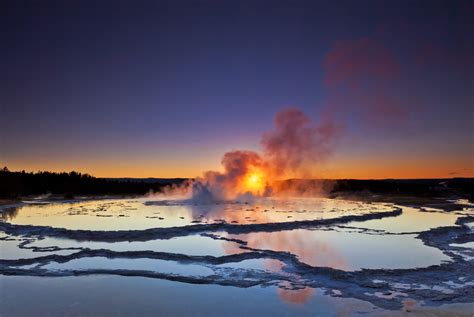11 Amazing Yellowstone National Park Photos and Time-Lapse ...