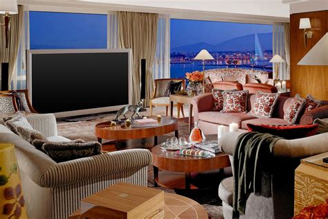 expensive hotel suites   world  york