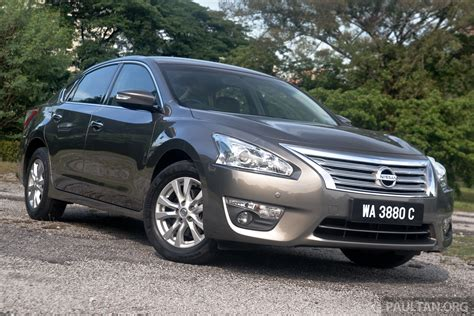 Review Nissan Teana by Driven Nissan Teana 2 0xl Mid Spec Top Choice Image