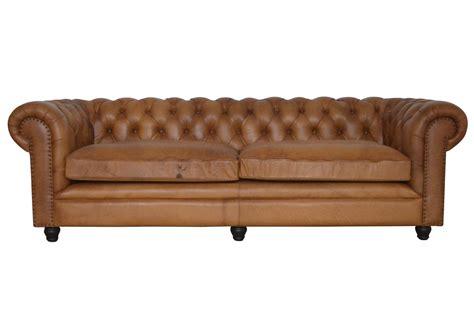 canapé cuir naturel acheter votre canapé chesterfield en cuir cognac finition
