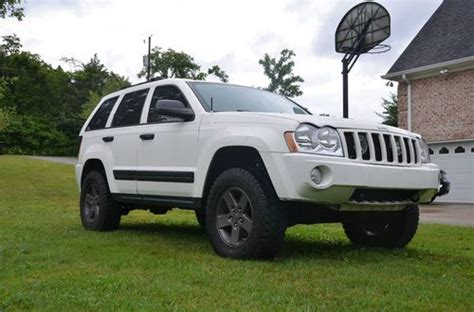 white jeep grand cherokee custom purchase used 2005 jeep grand cherokee loaded lift kit