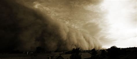 amazing pictures  dust storms