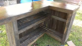 pallet kitchen island pin by tracy collins on outdoors