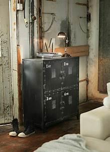 Rangement Métallique Industriel : l 39 armoire m tallique apporte l 39 esprit industriel la maison ~ Teatrodelosmanantiales.com Idées de Décoration