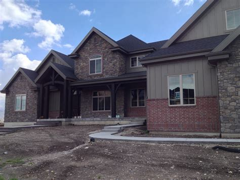 Brick Homes With Stone Accents  Using Brick & Stone On