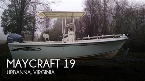Maycraft Boats Dealers by Maycraft 2010 Used Boat For Sale In Sarasota Florida