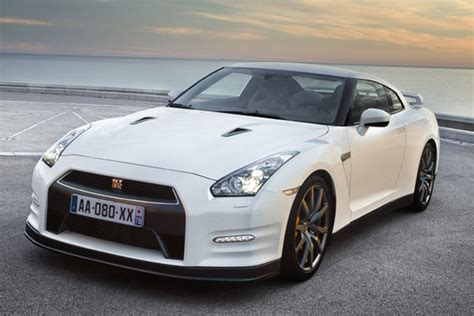 2013 Nissan Skyline  Fast Speedy Cars