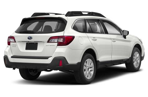 This is our promise to show love and respect to our customers and to work to make a positive impact in the world. 2018 Subaru Outback - Price, Photos, Reviews & Features
