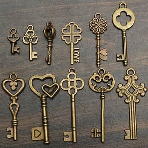 Alte Schlüssel Deko : alte schl ssel als deko verwenden 13 interessante diy projekte ~ Orissabook.com Haus und Dekorationen