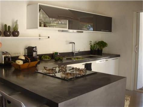 béton ciré plan de travail cuisine plan de travail cuisine en béton ciré gris anthracite