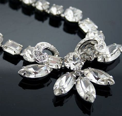images  costume jewelry  pinterest brooches