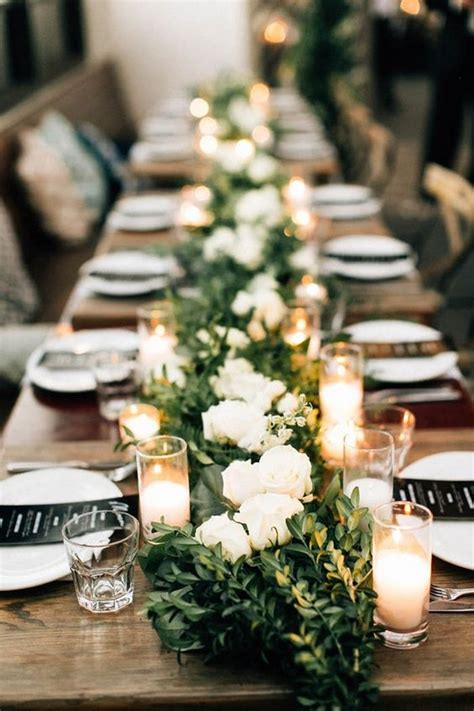 amazing table runner ideas   wedding reception
