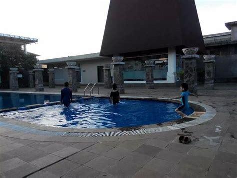 mini gym picture  hotel santika taman mini indonesia